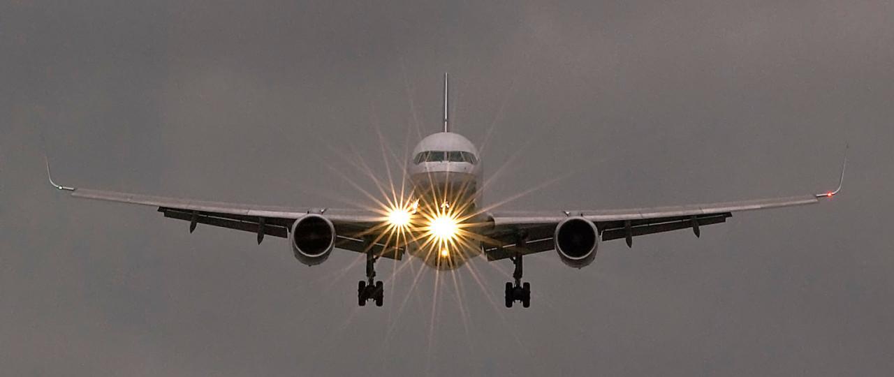 757-landing