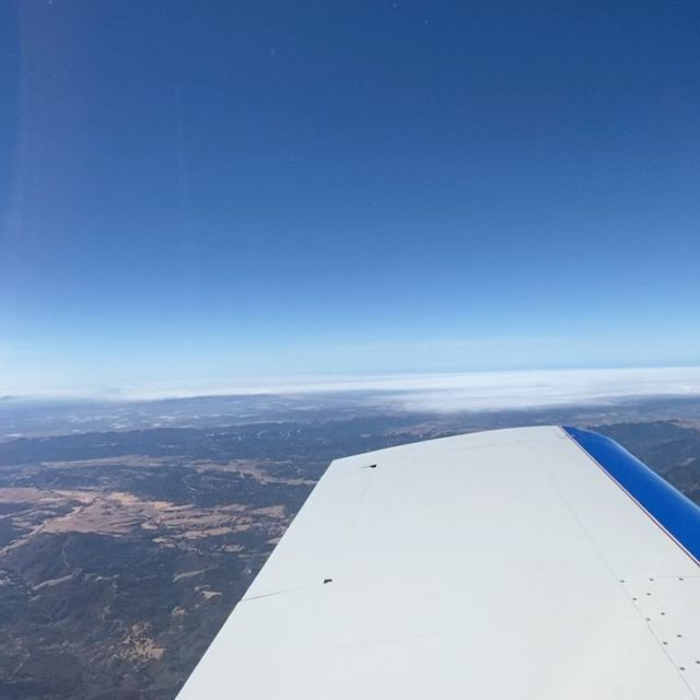 Every now and then I'm treated to one of those buttery smooth flights where the air is so free of bumps that you almost can't  even tell you're moving. This was one of those days, and it remained like that from takeoff to touchdown. A truly great day of flying.
